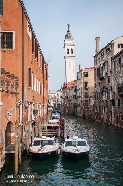 Venise - Italie - carnaval déguisement bateaux