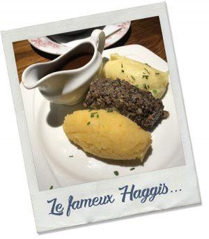 Polaroïd d'un Haggis écossais, le plat national d'écosse, pris dans un restaurant à Edimbourg.