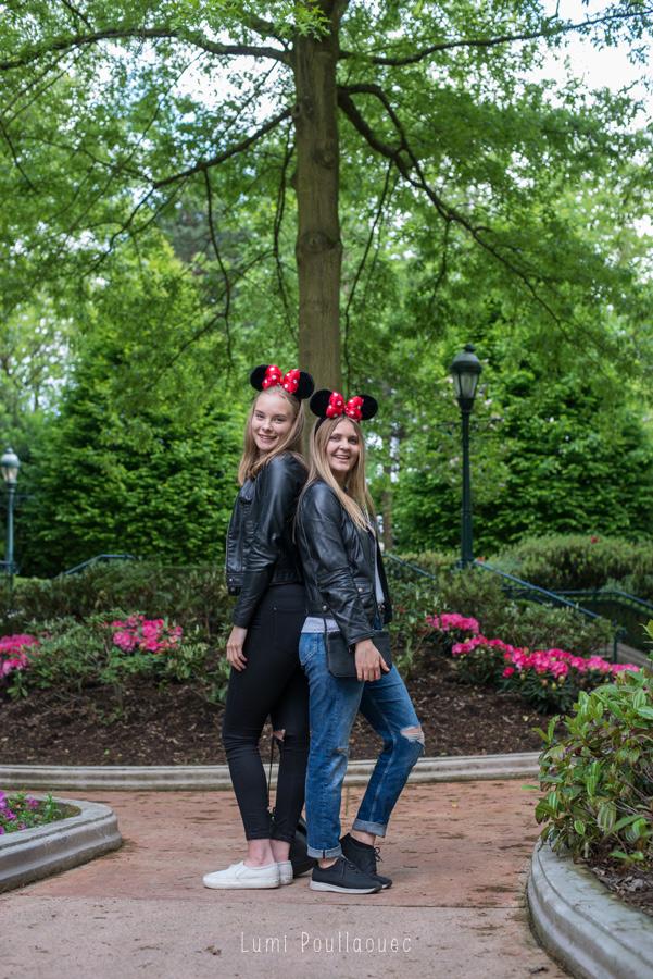 Noora & Katja chez Mickey-37